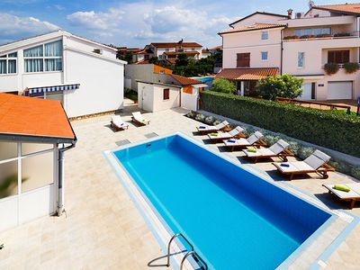 Photo for Holiday house Poreč for 8 persons with 4 bedrooms - Villa