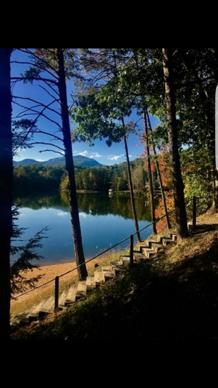 Steps Down To Mirror Lake And Beach From Pavilion. 5 Min Walk From Cabin