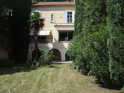Photo for Avignon center intramural, 5 bedrooms, large provencal garden, private garage