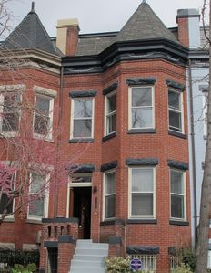 Photo for Luxury/Historic Rowhouse In Dupont Circle Close To White House And Metro