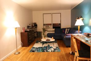 Photo for 1BR Apartment Vacation Rental in Rego Park, New York