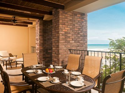 Terrace with ocean view - Terrace with gas grill seating for 6