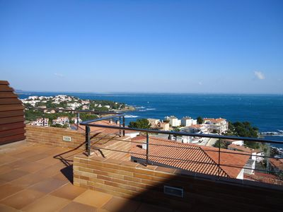 Photo for Luxury apartment, with excellent views of the sea. 'Ideal relax and family'
