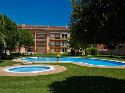 Photo for Apartment with garden & pool - 800 m Pals beach (SG2 3H 211)