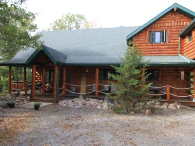 Secluded Log Cabin Retreat