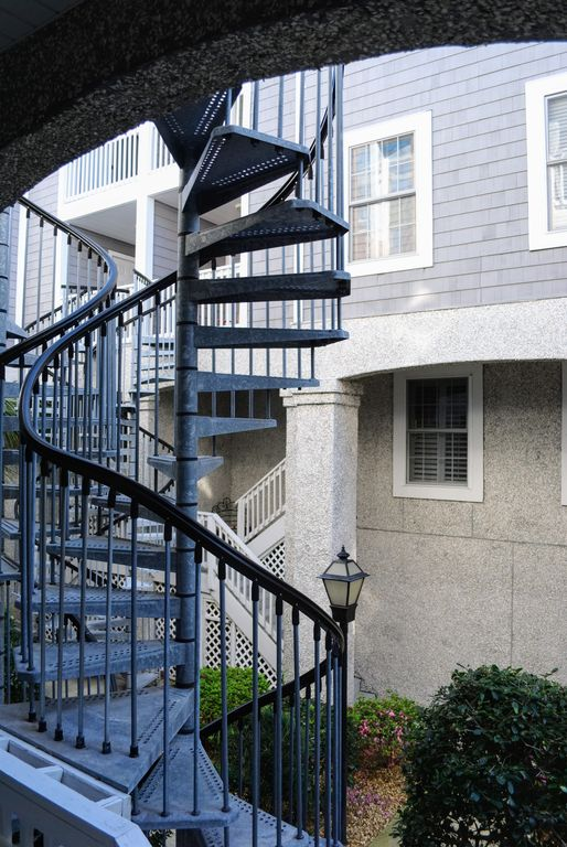 Townhouse with elevator only one mile to the beach saint Elevator townhomes