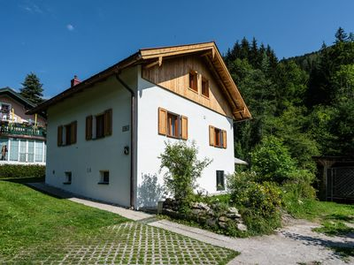 Photo for Beautifully renovated detached house in the popular Thumersbach-Zell am See