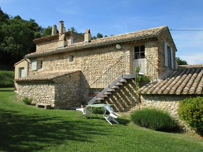Photo for Charming gite in old character farmhouse of Vaison-la-Romaine