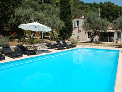 Photo for Villa Spacious and authentic south-facing pool and terraces