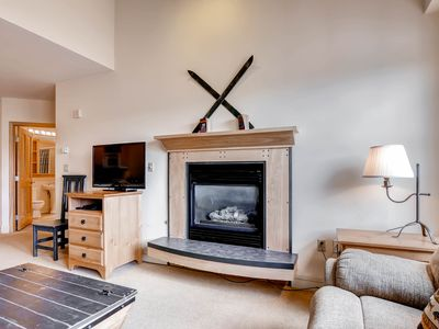 Photo for Family-friendly Condo, Walk to Gondola, Great Amenities, Worry-Free Booking!