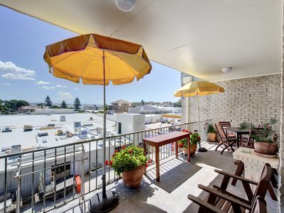Photo for Spacious two bedroom unit right in Nelson Bay.