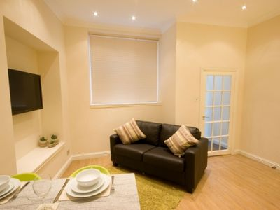 Photo for Ideal for short breaks- stylish, bright and airy 1 bed ( sleeps 3 ) apartment