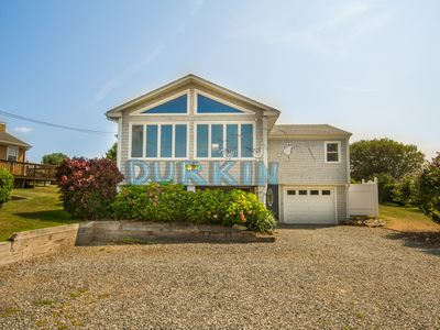 Photo for Large Contemporary Home, Walk to Beach Central Air Conditioning, Spacious Deck