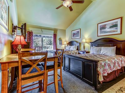 Photo for Convenient, contemporary studio w/ shared pool, hot tub, & private jetted tub