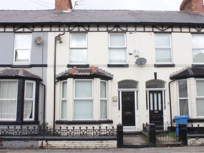 Photo for Large traditional Liverpool house - minimum 2 nights booking.