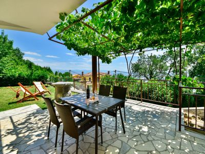 Photo for Apartment Nives in Opatija/Ičići - 4 persons, 1 bedrooms