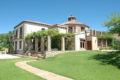 Photo for 5 bedroom Villa, sleeps 10 in Restábal with Pool and WiFi