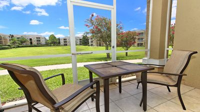 Tranquil screened lanai perfect for morning coffee or evening beverages.