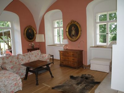 Photo for Very large (105m2) family-friendly apartment in castle 'Rittergut Heyda'