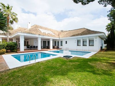 Photo for A Beautiful Villa 4 in Puerto Banus for Short Term Rent!
