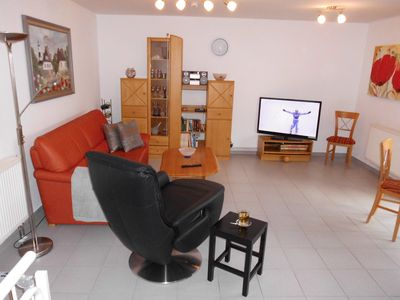 Photo for Apartment **** 52m², centr. Location, south-facing balcony, own. ebenerd. Bike room, WiFi, parking