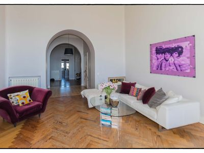 Photo for Luxurious apartment with pool access, tennis court and park