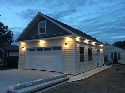NEW GARAGE AT 1577 HERITAGE ROAD