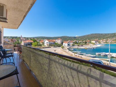 Photo for Amazing apartment with sea view for six guests