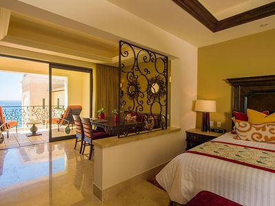 Photo for Warm Stay in Master Suite w/ Free WiFi, On Site Restaurant & Pool Access