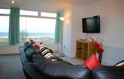 Photo for Luxury 2 bedroom apartment with sea views and balcony