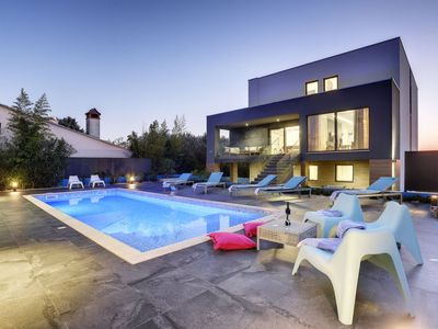 Photo for Vacation home Hemera in Pula/Banjole - 12 persons, 6 bedrooms