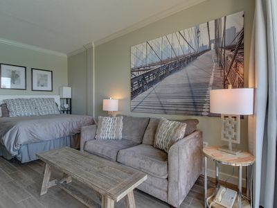 Photo for Updated studio w/ two shared pools and easy marina access