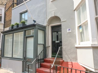 Photo for HARBOUR REACH, family friendly, with a garden in Ramsgate, Ref 968302