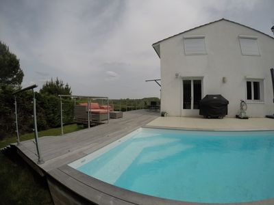 Photo for Villa Bouliac quiet with pool and views