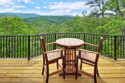 Secluded Luxury 1 Bedroom Cabin With Amazing Views - Gatlinburg