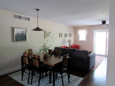 Fabulous unit within walking distance to downtown and beaches!