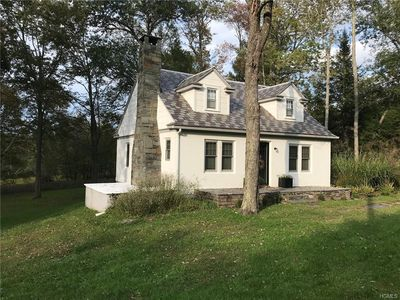 Photo for Cozy Cottage Minutes from the Delaware River and Town.