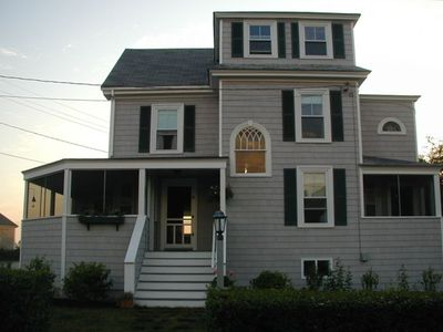 Photo for Charming Maine Cottage Across from the Ocean
