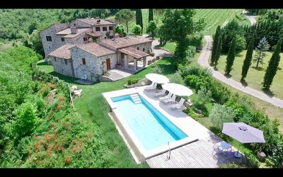 Photo for Historic Villa between Siena and Florence * Privacy * Pool * View * Vineyards *