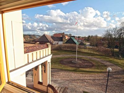 Photo for Apartment Strelitzie - * 4 very comfortable apartments in the castle Peckatel *