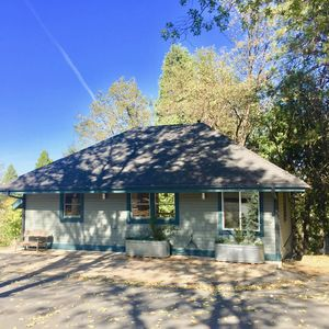 Photo for Mountain retreat between charming Nevada City and the Yuba River