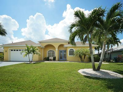 Photo for 3Bed/3Bath large modern open plan w/ south facing pool -- Villa Seven Palms