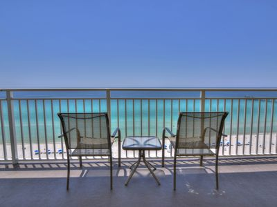 Photo for Cozy corner condo w/ beach views plus a shared pool, fitness room, & gym