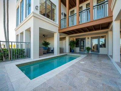 Photo for Marlin Bay Resort & Marina - Waterfront Home with Splash Pool - Best Views