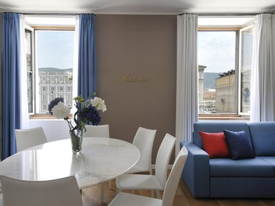 Photo for Amazing 3 bedroom overlooking main square
