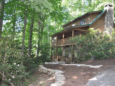 Photo for Cozy Valle Crucis cabin - HOT TUB, FOOSBALL, and POOL TABLE
