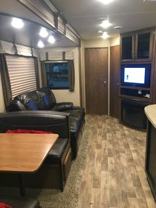 Photo for Martin's Luxury RV, Bunkhouse model, waterfront 2016 Grand Design Reflection