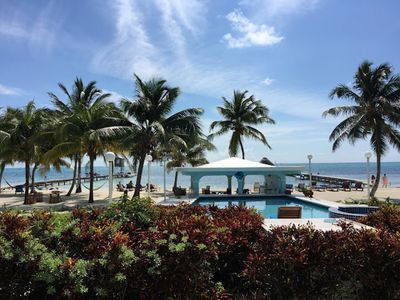 Photo for A3: 🌴  Pool, beach, & sea right outside your front door! 🇧🇿
