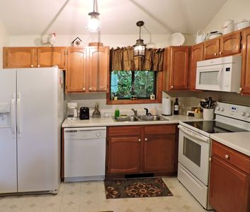 Photo for Enjoy a spectacular view of the Smoky Mountains from this cozy 2 bedroom 2 ba