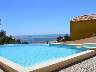 Photo for Independent T1 in villa with pool / spa sea-Restores the Ensues